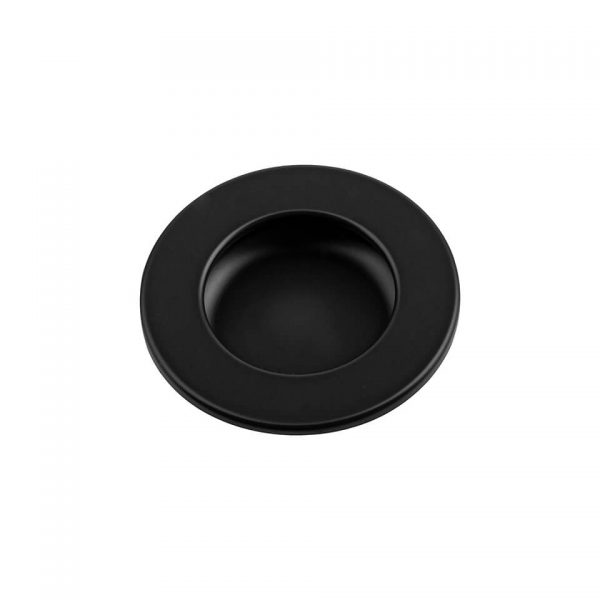 into-maner-negru-405154